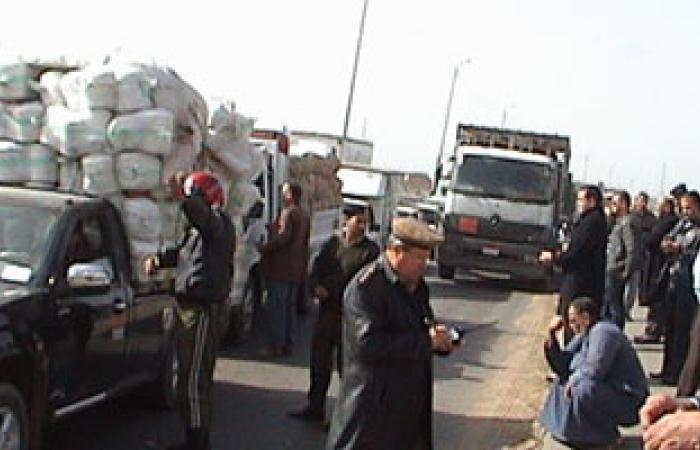 """أكمنة مرورية لتأمين طريق """"القاهرة القليوبية"""" الزراعى"""