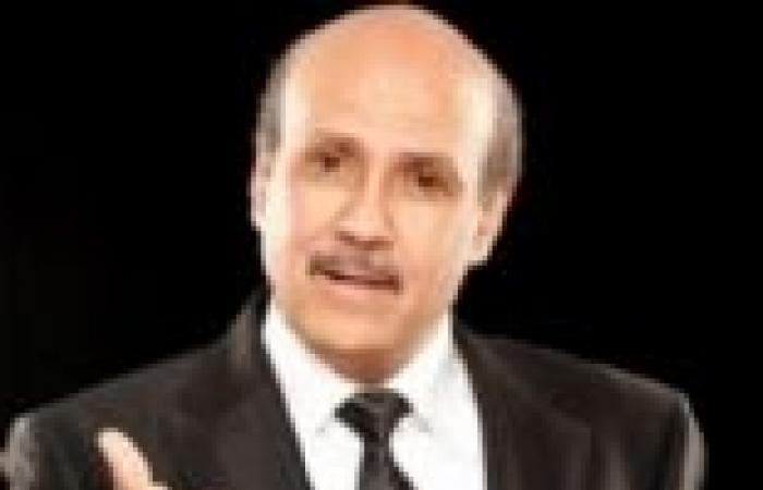 """جمال بخيت: عدلي منصور """"مولود رئيس للبلاد"""""""