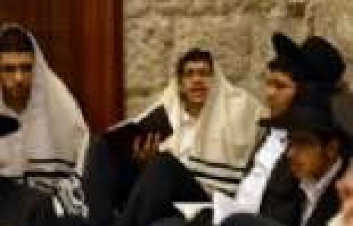 """متطرفون يهود يعتدون على سيارات فلسطينية في """"يافا"""""""
