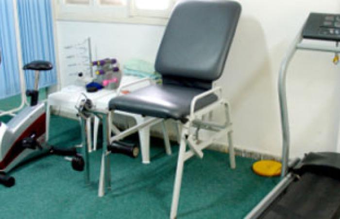 حزب النور يوفر أجهزة علاج طبيعى لمستشفى النوبارية العام