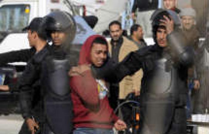 القبض على 11 من «الإخوان» خلال محاكمة مرسي أمام «الأكاديمية»