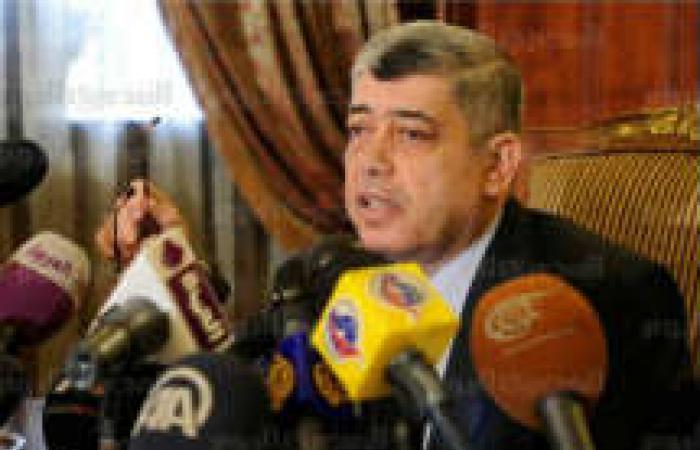 وزير الداخلية: الطائرة المخصصة لنقل مرسي كانت بالسجن منذ مساء الثلاثاء