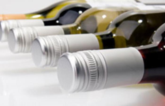 تناول كميات قليلة من الكحوليات يرفع فرص حوادث السيارات