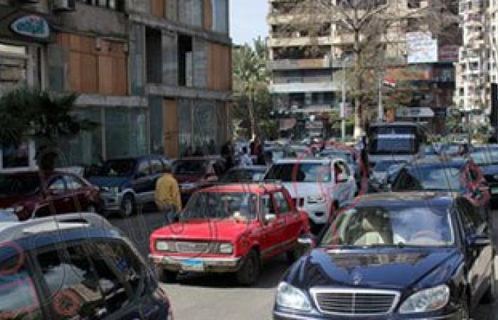 كثافات مرورية ببعض محاور القاهرة والجيزة بسبب زيادة الأحمال