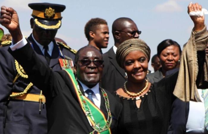 «جريس موجابي».. رحلة صعود سكرتيرة الرئيس لمنصب السيدة الأولى في زيمبابوي
