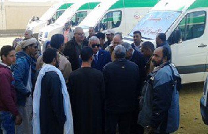 محافظ السويس يتفقد القوافل الطبية بقرية محمد عبده طريق الإسماعيلية