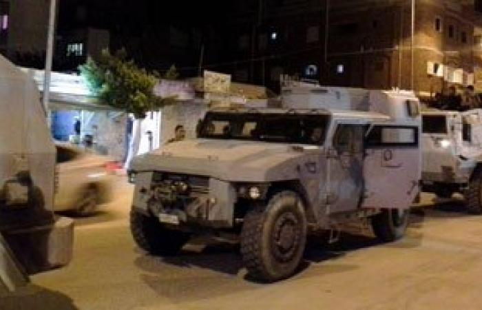 ضبط 60 مطلوبا لأحكام قضائية.. وتحرير 209 مخالفات مرورية فى شمال سيناء