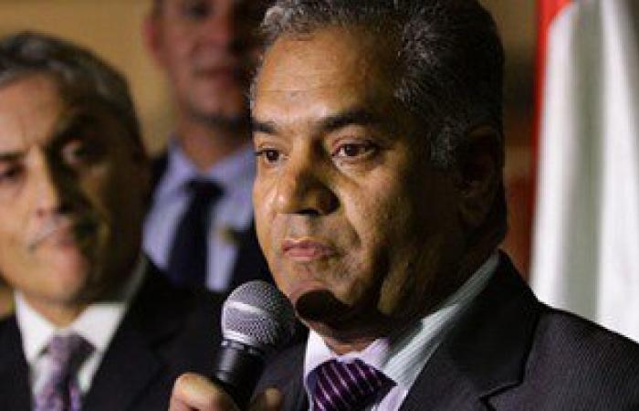 وزير الآثار يغادر الأقصر عائداً إلى القاهرة