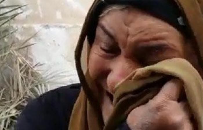 بالفيديو.. مسنة تستنجد من النوم فى الجبل ومحافظ القاهرة يسكنها دار مسنين