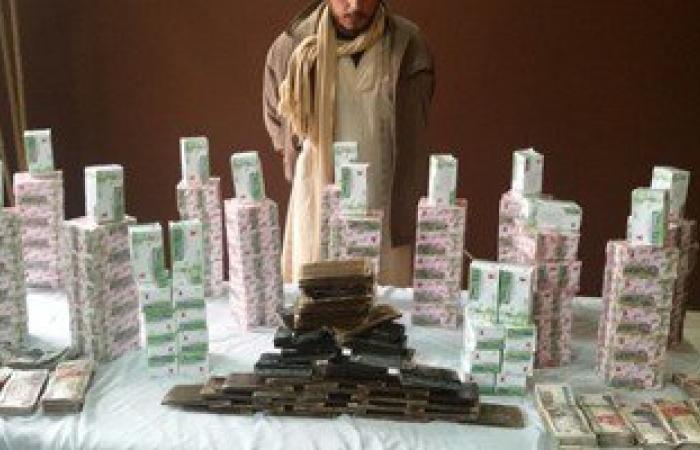 القبض على عامل بحوزته 15 ألف قرص مخدر و40 طربة حشيش بمطروح