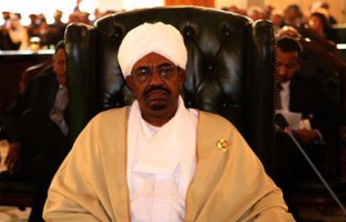 """عمر البشير: ندعم الجيش الليبى بالأسلحة ونعترف بحكومة """"الثنى"""""""