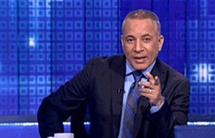 """أحمد موسى لـ""""محافظ الإسكندرية"""":""""زوجتك فى البيت ولا يصح أن تدير اجتماعاتك"""""""