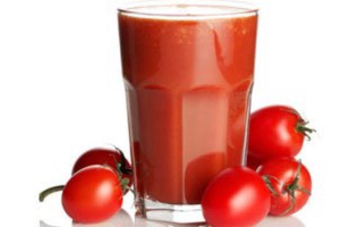 """دراسة صينية: كوب من عصير الطماطم يوميا يخلصك من """"الكرش"""""""