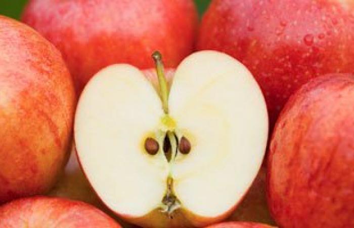 """""""التفاح"""" يقى من سرطان الثدى وتصلب الشرايين ويقلل فرص الإصابة بالسكر"""