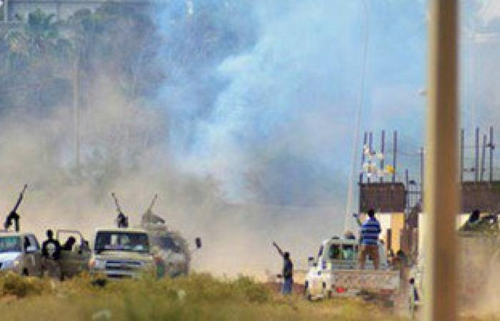 مسؤول: مسلحو تنظيم داعش يهاجمون حقل نفط فى ليبيا