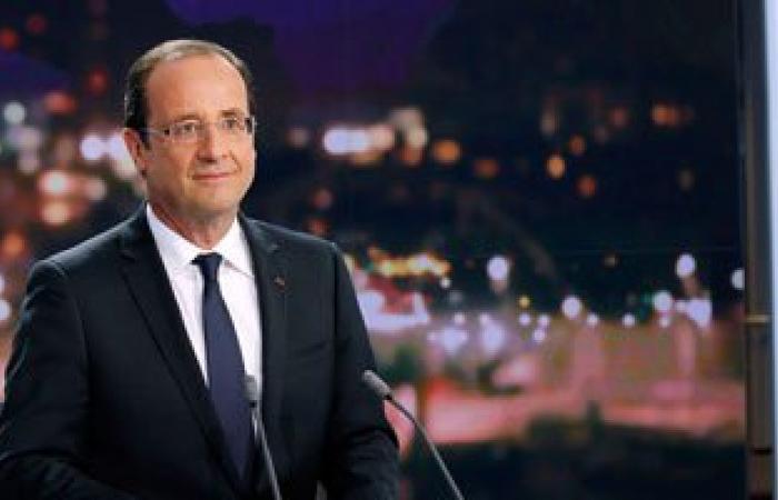 """هولاند يشيد بصفقة """"الرافال"""" مع مصر ويعتبرها نجاحًا لصناعة الطيران الفرنسية"""