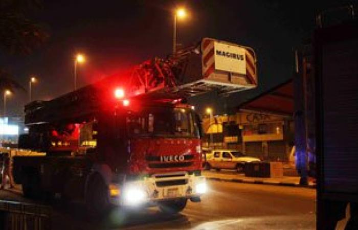 الحماية المدنية: السيطرة على حريق محدود أعلى برج اتصالات بالشيخ زايد