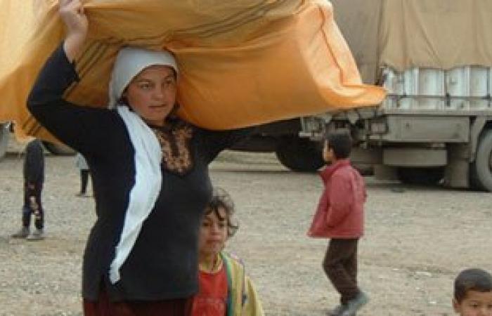 رئيس العراق يؤكد الاهتمام بمعاناة النازحين تمهيدا لعودتهم بعد هزيمة داعش