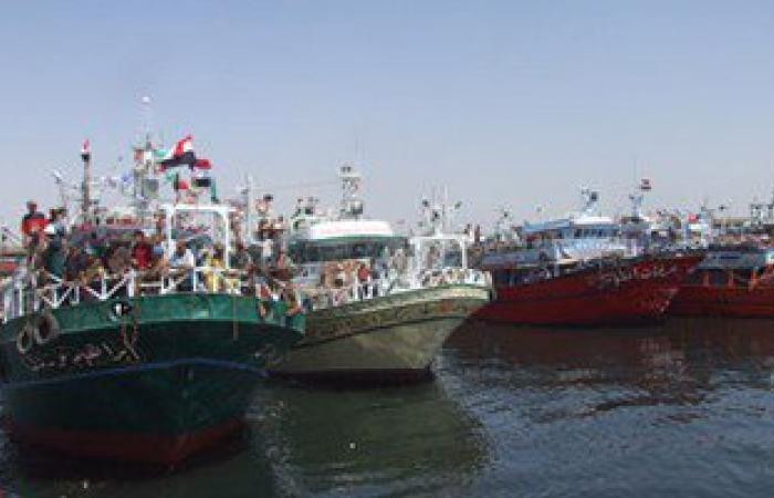 نيابة السويس تستمع لصيادين فى واقعة تصادم ناقلة بترول بمركب صيد