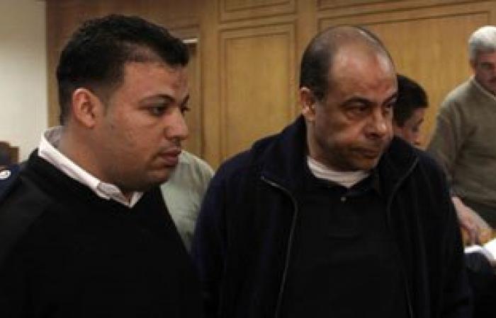 خبراء ماسبيرو يصلون المحكمة لإيداع تقرير إهدار أنس الفقى والمناوى مالا عاما