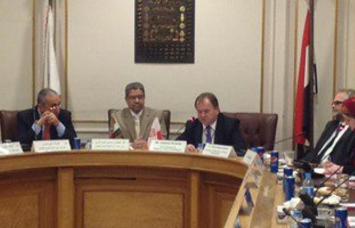 غرفة القاهرة توقع بروتوكول تعاون مع بولندا.. والعربى يسلم نسخة قانون الاستثمار للسفير