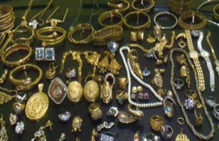 التحقيق مع أصحاب محلات صاغة متهمين بالاتجار فى الذهب المهرب بالجمالية