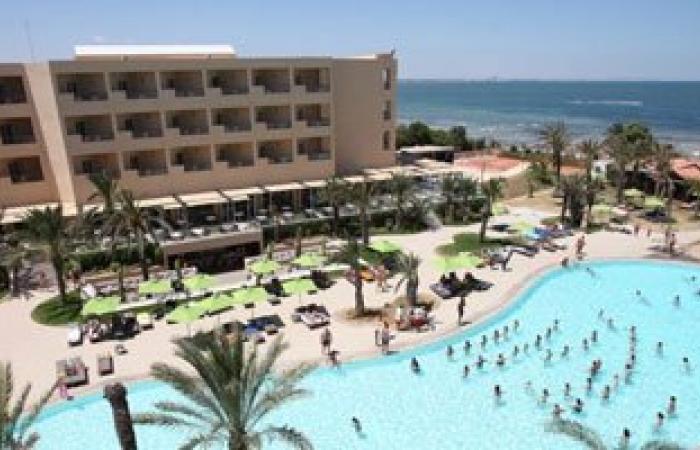 الإسكندرية تعرض إقامة فندق سياحى 5 نجوم وعدد من الأنشطة بمؤتمر شرم