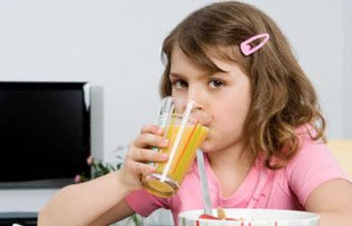 أستاذ تغذية: المشروبات المعلبة قد تسبب السرطان على المدى البعيد