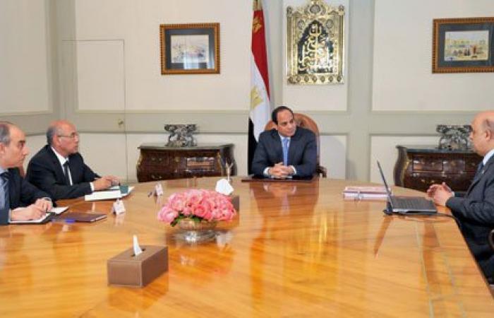 الرئيس يوجه بالاعتماد على وسائل الطاقة المتجددة بمشروع القرى المنتجة