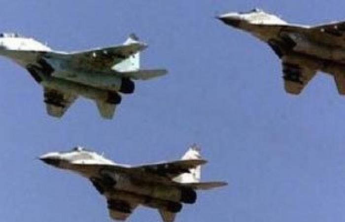 """الطيران العراقى يقصف """"داعش"""" بالأنبار وعمليات بغداد تقتل 7 إرهابيين"""