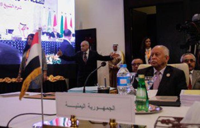 وزير الخارجية اليمنى: من الممكن الاستعانة بقوات برية ضد الحوثيين