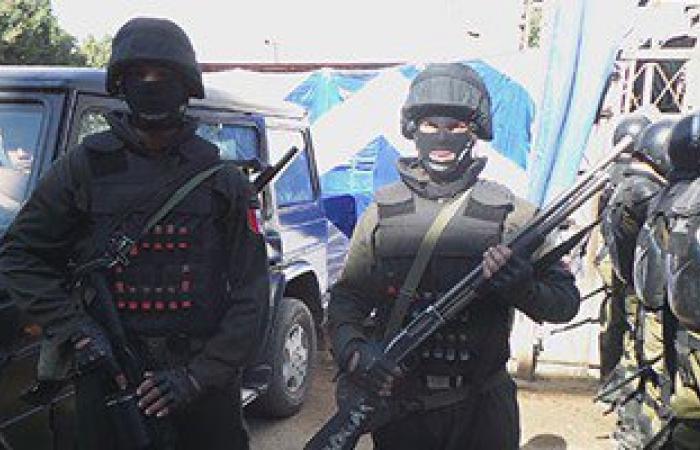 أمن مطروح يضبط 4 عمال من الفيوم قبل تسللهم إلى ليبيا