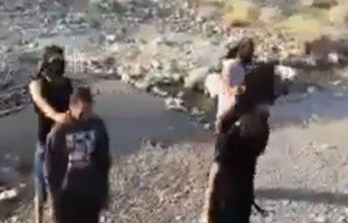 """شباب مصريون يسخرون من قتل """"داعش"""" للأبرياء بالرقص"""