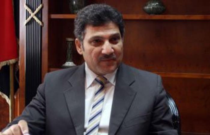 """وزير الرى: حالات تسمم الشرقية ليس لها علاقة بغرق """"صندل"""" الفوسفات فى قنا"""