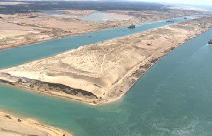مميش: رفع 142 مليون متر مكعب رمال مشبعة بالمياه من القناة الجديدة
