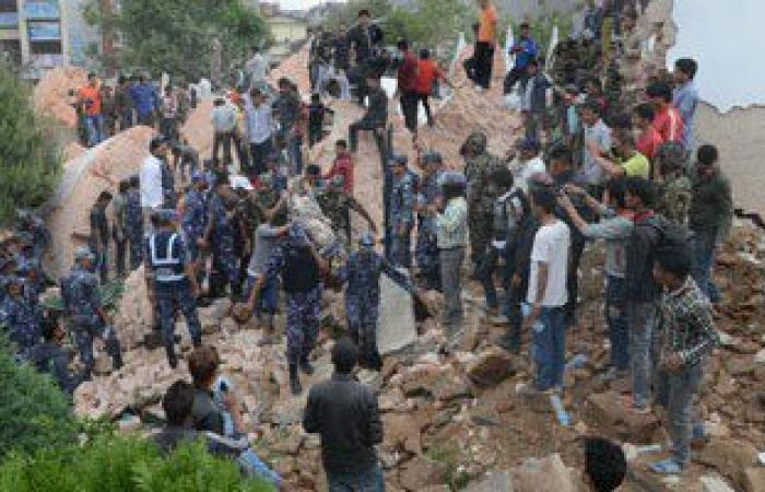 وزير الإعلام النيبالى: حصيلة قتلى الزلزال قد تصل إلى 4500 شخص