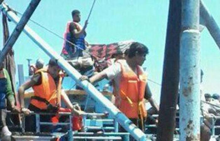 """وصول 98 مهاجرًا إفريقيًا غير شرعى لميناء """"جرجيس"""" التونسى"""