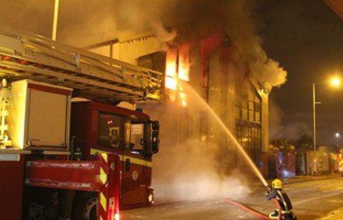 التقارير الأولية بحريق أبراج محمول أكتوبر: ماس كهربائى وراء اندلاع النيران