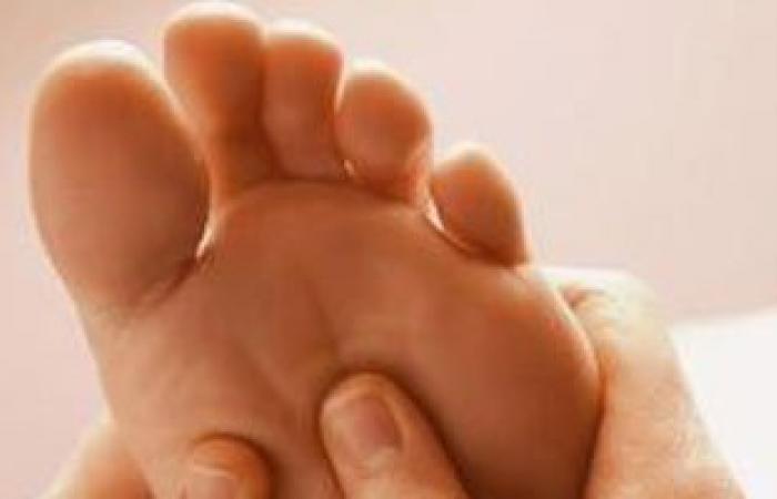 4 طرق لحماية قدمك من الإصابة بالتينيا والرائحة الكريهة