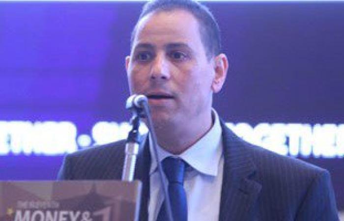 رئيس البورصة يناقش قانون ضرائب الأرباح الرأسمالية مع اتحاد الغرف التجارية