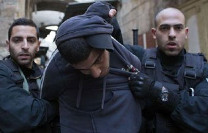 قوات إسرائيلية تعتقل 4 فلسطينيين من الضفة الغربية