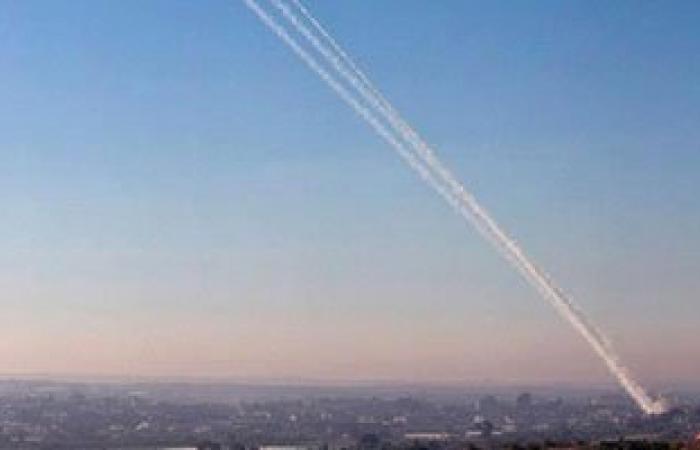 """""""يديعوت أحرونوت"""": سقوط صاروخ أطلق من غزة على ساحل عسقلان"""