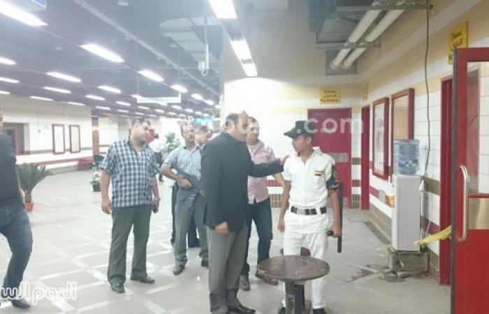 بالصور.. مساعد وزير الداخلية يفاجئ الخدمات الأمنية بمحطة مترو الأهرام