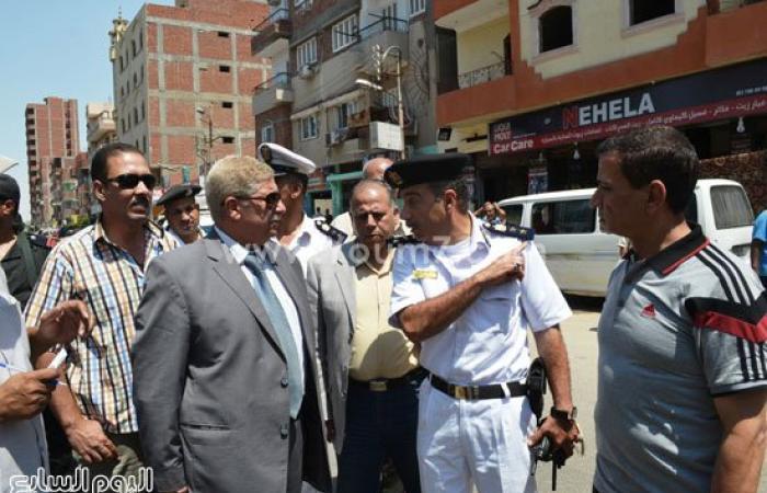 بالصور..حملة لرفع السيارات المتروكة وإزالة الإشغالات بأحياء الإسماعيلية