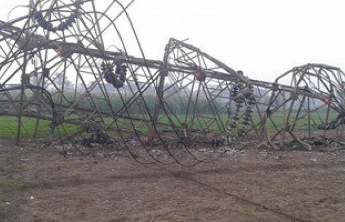 مجهولون يفجرون محول كهرباء فى قرية بالمنيا
