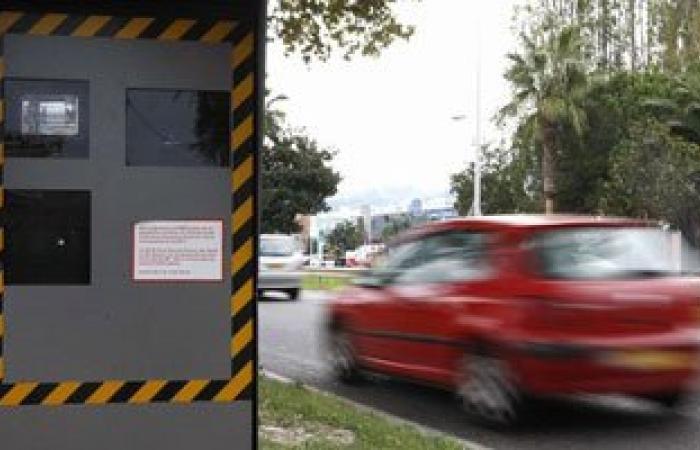 رادار المرور يلتقط 1059 مخالفة لسيارات تسير بسرعات جنونية