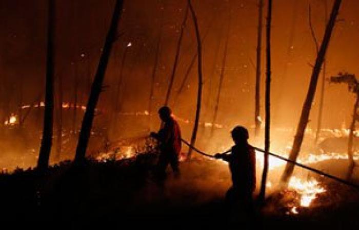 الحرائق تحاصر سكان جبال الأطلس البليدى فى الجزائر