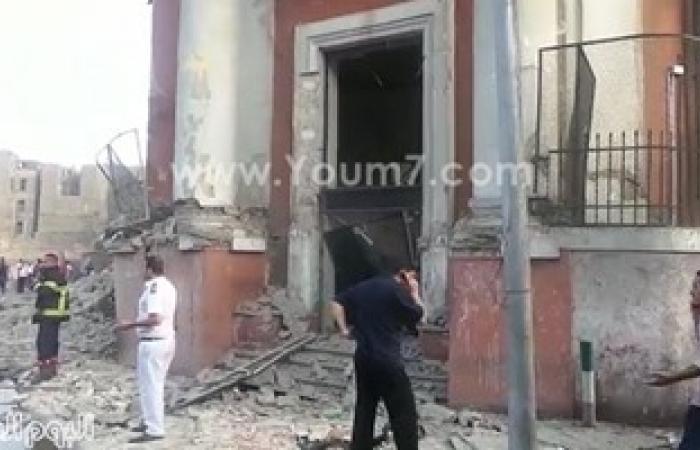 أهالى يهتفون لوزير الداخلية بموقع انفجار قنصلية إيطاليا: إعدم مرسى السفاح