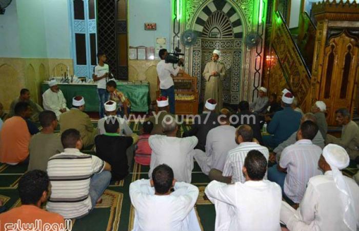 بالصور.. محافظ الأقصر يشهد الاحتفال بليلة القدر بمسجد السيد يوسف بالكرنك