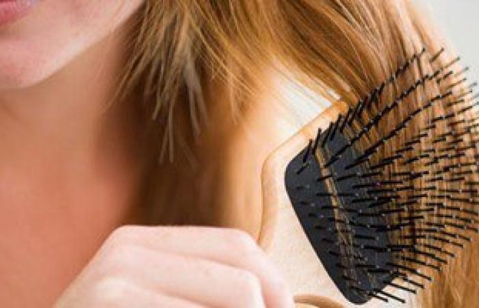 استشارى تجميل: الحجاب يحافظ على صحة الشعر ويحد من تساقطه وتقصفه